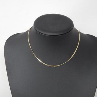 "18ct Gold Necklace Stamped ""750"": Length 40cm: weight 4.1g"