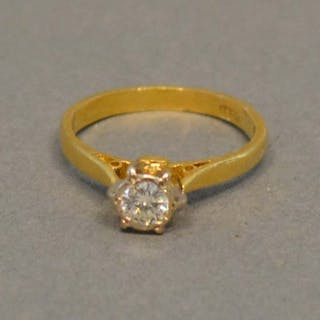 An 18 Carat Gold Solitaire Diamond Ring, approx. 0.25 carat