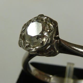 A Solitaire diamond ring, 0.35ct approx, hexagonal illusion ...