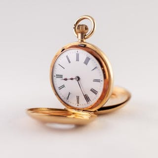 18ct GOLD SWISS DEMI HUNTER FOB WATCH with keyless movement,...