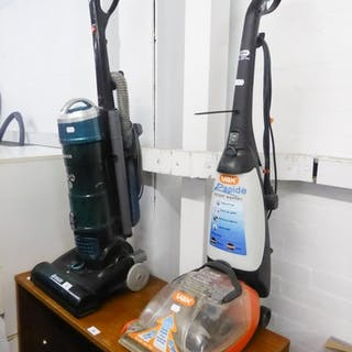 BREEZE UPRIGHT BAGLESS VACUUM CLEANER AND A VAX CARPET WASHE...