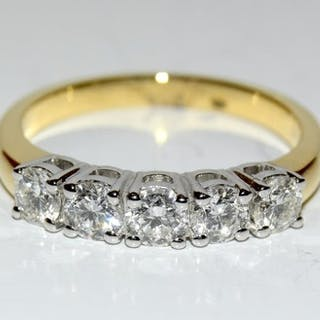 A good 18ct yellow gold five stone diamond ring of 1.2cts Si...
