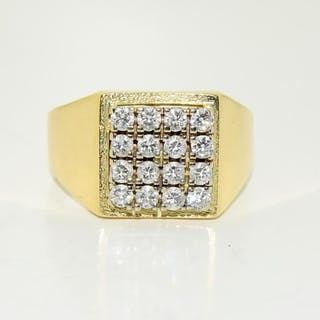 An 18ct Gents diamond ring. Approx. 2ct Diamond. size V.