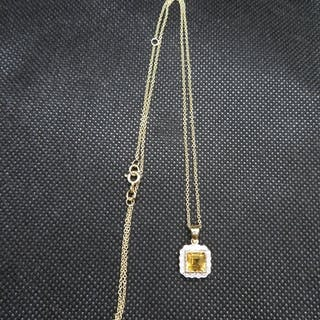 """9ct gold citrine and diamond pendant on 18"""" 9ct gold chain"""