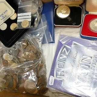 Collection of coins: Grouping of coins including 94.7g pre 1...
