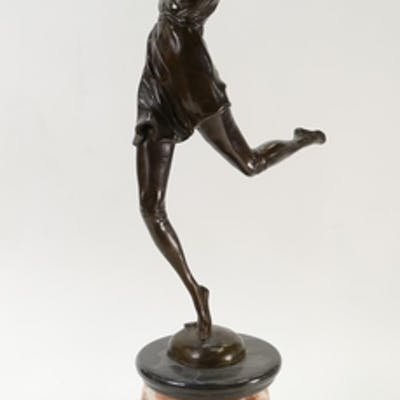 Large Bronze figure of a lady dancing on a marble base: Figu...