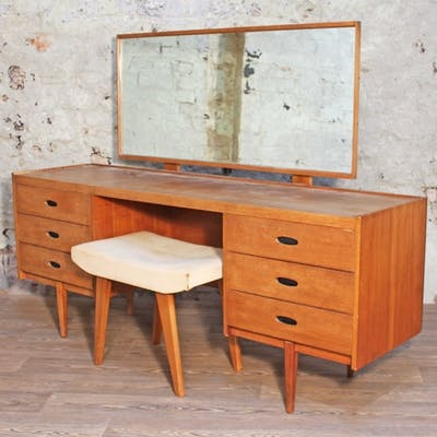 An Austinsuite teak dressing table with adjustable mirror, c...