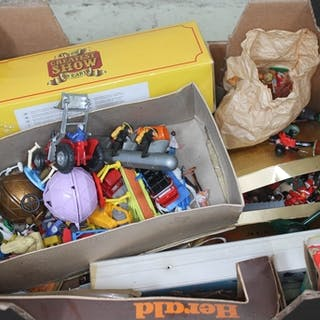 Two boxes of mainly plastic toy figures including Britains, ...