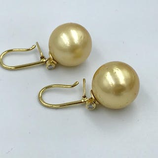 Golden Pearl Diamond Earrings Closed Auction