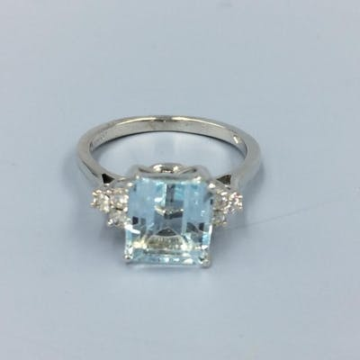 18ct White Gold Art Deco Style Aquamarine Diamond Ring App Barnebys