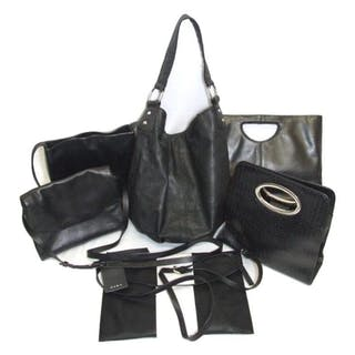 Short time left! 6 Ladies Handbags, mainly leather ... 1020e570ab