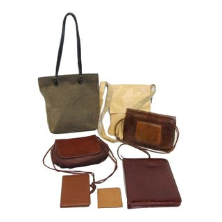 Handbags – Auction – All auctions on Barnebys.com e7a8852343