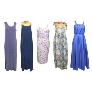 68a22a215 Ladies Vintage & Other Dresses incl. Laura Ashley white/red ... – Current  sales – Barnebys.com