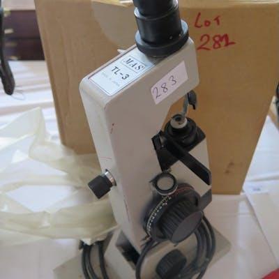 A MAS TL-3 Microscope