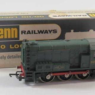 A OO-Gauge Wrenn W2231 0-6-0 Diesel Electric Green B.R., box...