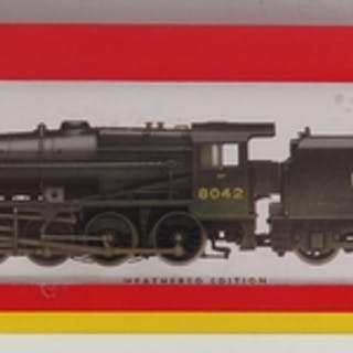 A OO-Gauge Hornby R2249 LMS 2-8-0 Class 8F Loco Weathered '8...