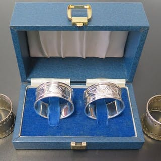 Two Pairsof Silver Napkin Rings, Birmingham 1919 and 1990, 7...