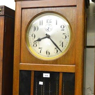 Early to mid 20th Century Continental oak longcase clock