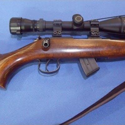 Brno MOD 2 E-S .22 bolt action rifle with detachable magazin...