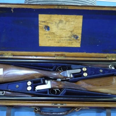 Cased pair of Vickers-Armstrongs Ltd London 12 bore side by ...