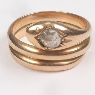Gent's gold serpent ring with rose diamond set head dated 19...