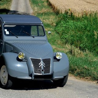 1955 - CITROËN 2CV BERLINE « RESSORTS APPARENTS »