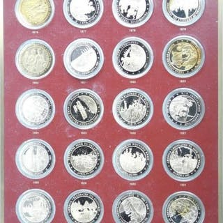 Franklin Mint Complete Set 200 Coins History of US