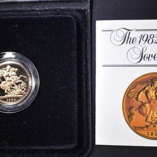 1982 PROOF GOLD SOVEREIGN IN CASE WITH CERT