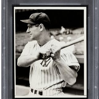 1938 Lou Gehrig 2,000th Consecutive Game Original News Photograph