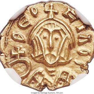 Theophilus (AD 829-842). AV semissis (13mm, 1.72 gm, 6h). NGC MS 5/5 - 5/5....