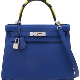 "Hermès Limited Edition 28cm Blue Electric Togo Leather ""Au Trot"" Retourne"