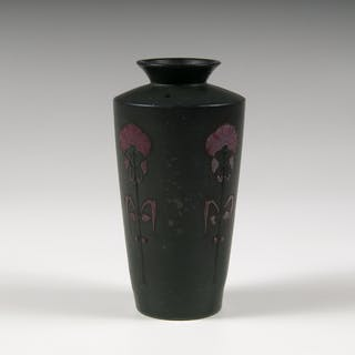 Chicago Crucible, Chicago Crucible Art Pottery Vase