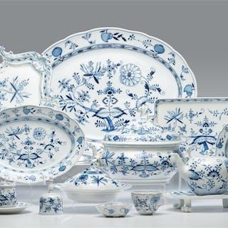 Meissen, Meissen Porcelain Tableware, Blue Onion, Blue Onion