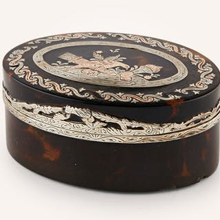 French tortoiseshell and pique snuff box - Ralph Gierhards