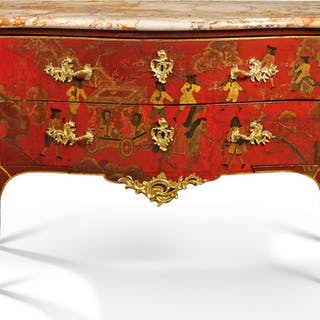 Significant French red lacquer chest of drawers - Ralph Gierhards