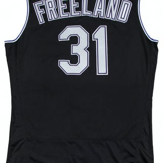 2a939ac5ff5 2017 Kyle Freeland Game Used Colorado Rockies Alternate Vest Jersey –  Current sales – Barnebys.co.uk