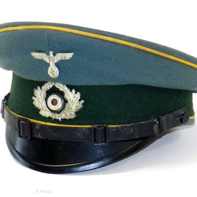 A German Third Reich Army Cavalry NCO/EM visor cap
