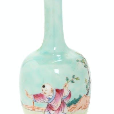 A Chinese Famille Rose Porcelain Bottle Vase