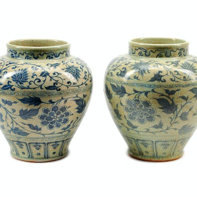 A Pair of Chinese Export Blue and White Porcelain Jars