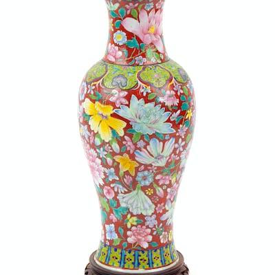 A Chinese Famille Rose Porcelain Yen-Yen Vase