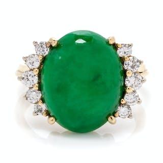 An 18 Karat Yellow Gold, Jadeite Jade and Diamond Ring