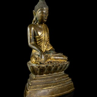 A Thai Gilt Bronze Figure of Buddha