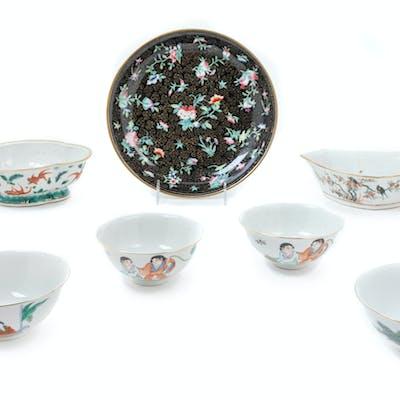 Nine Chinese Famille Rose Porcelain Wares