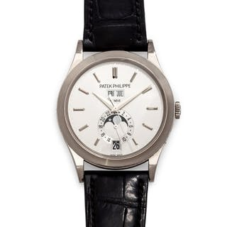 Patek Philippe, 18K White Gold Ref. 5396G 'Annual Calendar' Wristwatch
