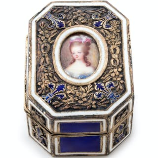 A French Engine-Turned Enamel and Silver-Gilt Box
