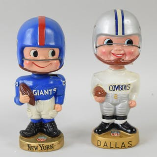 Dallas Cowboys and New York Giants vintage nodders (GD-VG/EX)