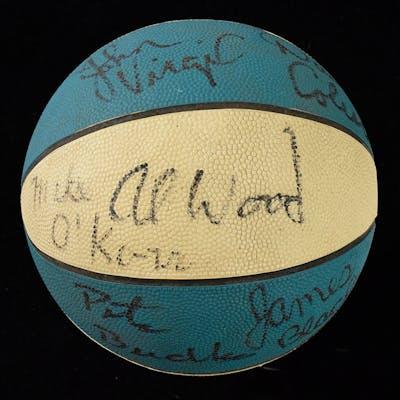 1978-79 North Carolina Tar Heels team signed basketball (EX/MT)