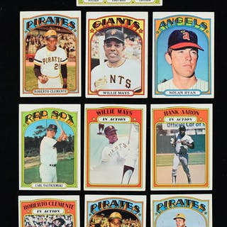 Lot of (555) 1972 Topps Baseball cards including Fisk rookie (PR-NM)