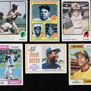Lot of (1,034) 1973 and 1974 Topps Baseball cards (PR/FR-NM/MT)