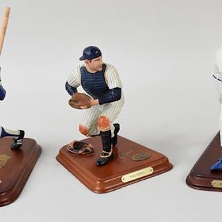 Lot of (4) Baseball HOFers Danbury Mint statues (NM-NM/MT)